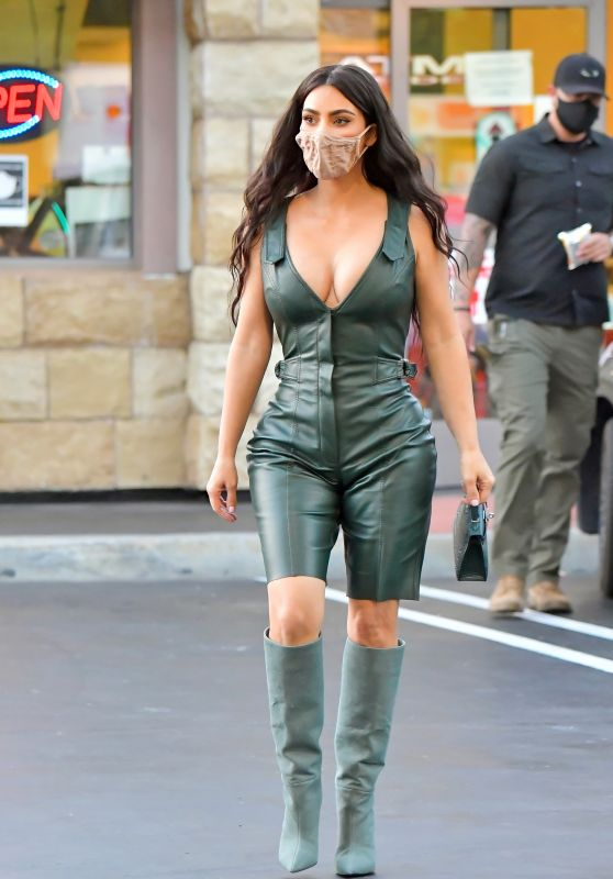 Kim Kardashian - Out in Los Angeles 07/06/2020