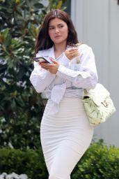Kylie Jenner - Leaving a Luxury Beach Hotel in Laguna Beach 07/19/2020