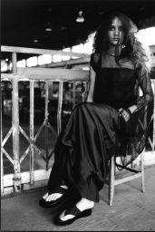 Leelee Sobieski - Photoshoot for Esquire Magazine 2001