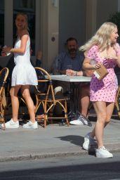 Lottie Moss - Having Lunch With a Friend in London 07/17/2020