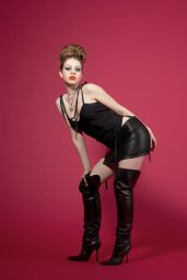 Michelle Trachtenberg - Photoshoot 2003 (GC)