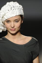 Miranda Kerr - Miriam Ponsa Fashion Show in Barcelona 2009