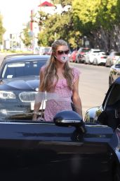 Nicky Hilton and Paris Hilton - Melrose Avenue in Los Angeles 07/27/2020