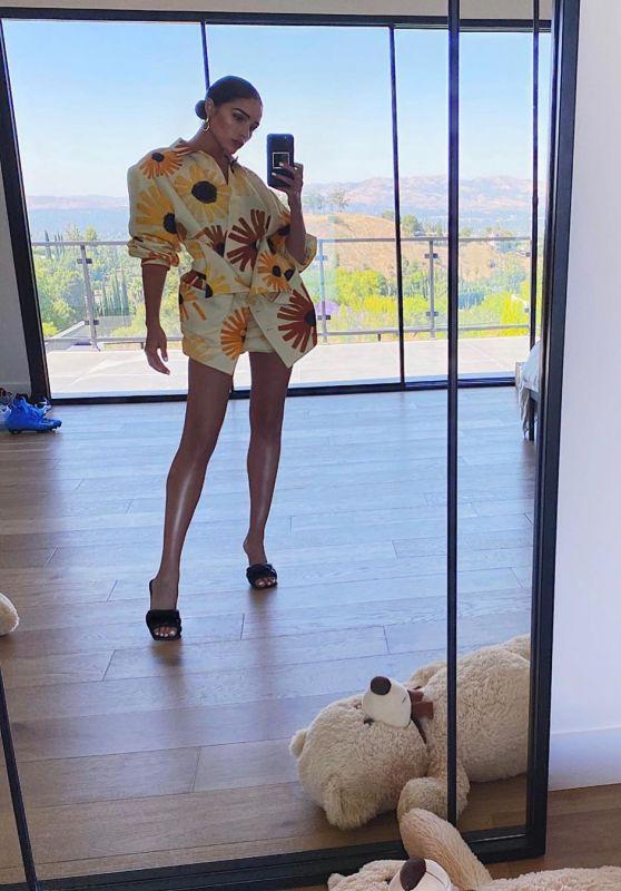 Olivia Culpo Outfit - Instagram 07/26/2020