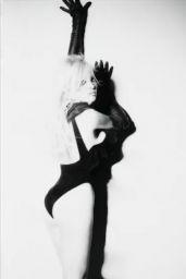 Pamela Anderson - Photoshoot (OS)