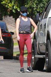 Reese Witherspoon in Leggings - Santa Monica 07/09/2020