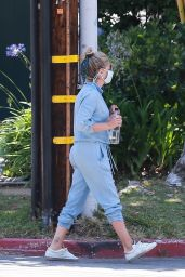 Sarah Michelle Gellar - Out in Brentwood 07/06/2020
