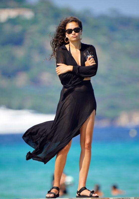 Shanina Shaik - Club 55 in St Tropez 07/23/2020