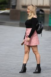 Sian Welby Street Style - Outside Capital Radio in London 07/23/2020