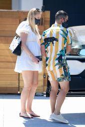 Sophie Turner Summer Street Style - Encino 07/12/2020