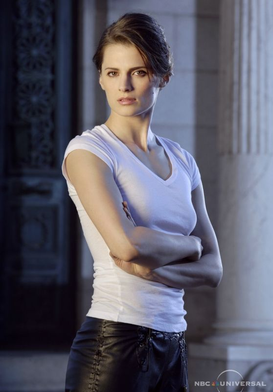 "Stana Katic – ""Heroes"" Season 1 Promoshoot (2007)"