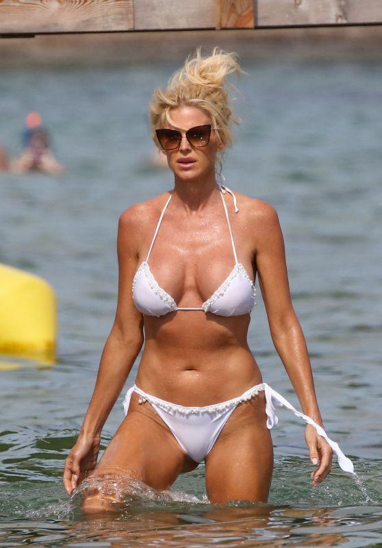 Victoria Silvstedt in a White Bikini at Jardin Tropezina in Saint-Tropez 07/28/2020