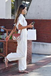 Alessandra Ambrosio - Shops For Gym Equipment in Brentwood 08/04/2020