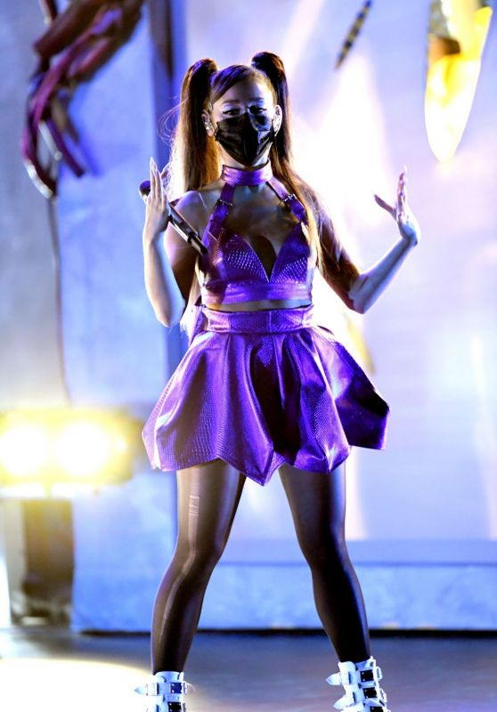 Ariana Grande - Performs at 2020 MTV VMA Awards
