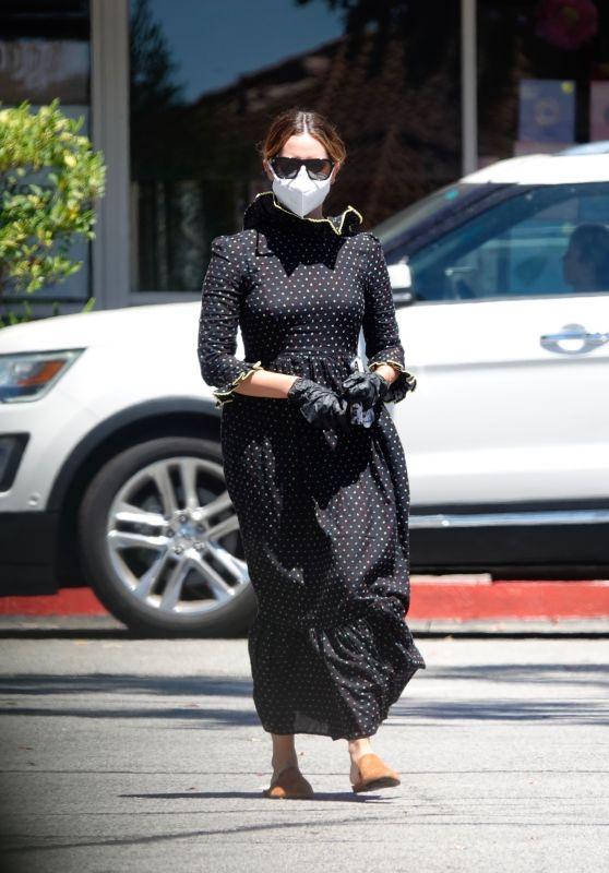 Ashley Tisdale - Out in LA 08/11/2020