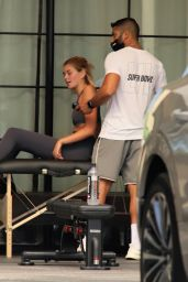 Cara Delevingne and Kaia Gerber - Sharing a Workout in Los Angeles 08/11/2020