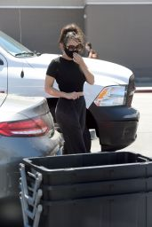 Charli XCX - Shopping at Target in LA 08/11/2020