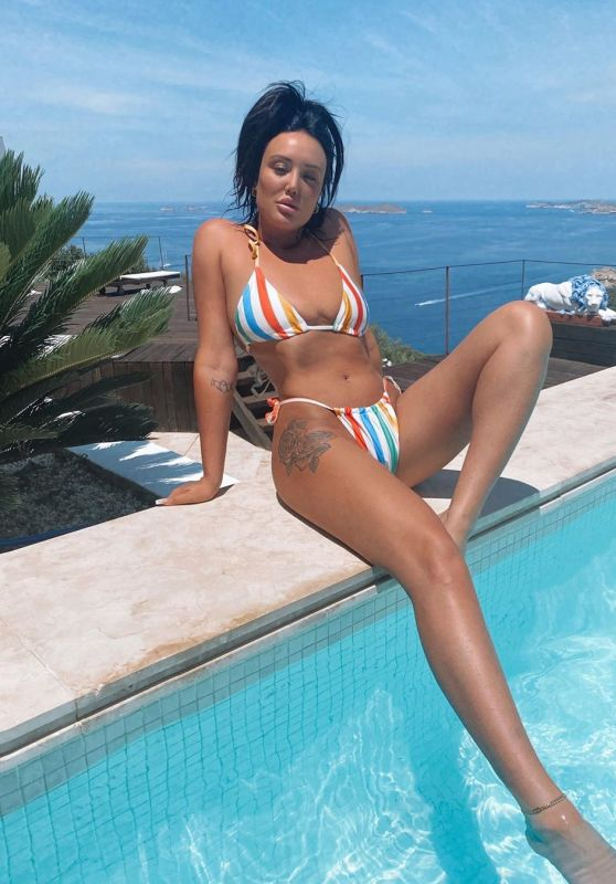 Charlotte Crosby - Social Media Photos 08/18/2020