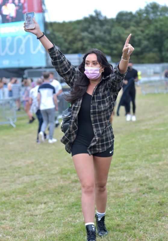Charlotte Crosby - Socially Distanced Concert at Outdoor Arena 08/21/2020