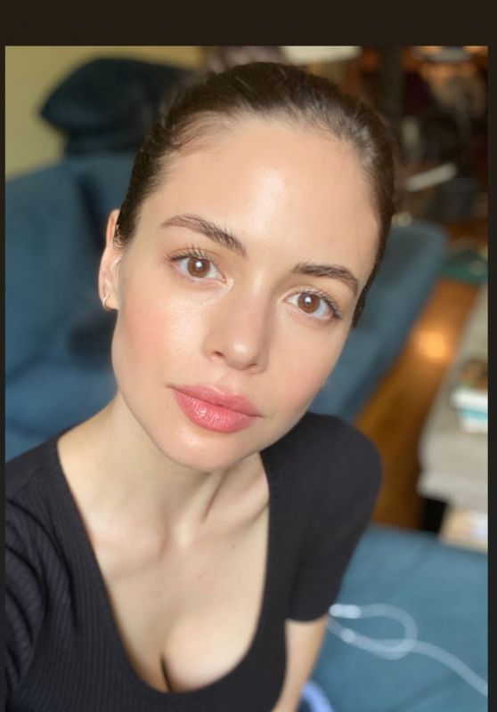 Conor Leslie - Social Media Photos and Video 08/27/2020