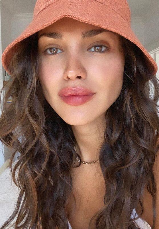 Eiza Gonzalez - Social Media Photos and Video 08/03/2020
