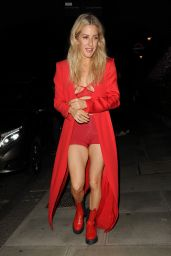 Ellie Goulding - Leaving a Performace at London
