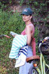 Emily Ratajkowski - Bike Ride in the Hamptons 08/05/2020