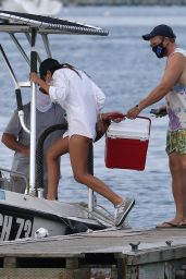 Emily Ratajkowski on a Large Boat in Long Island 08/12/2020