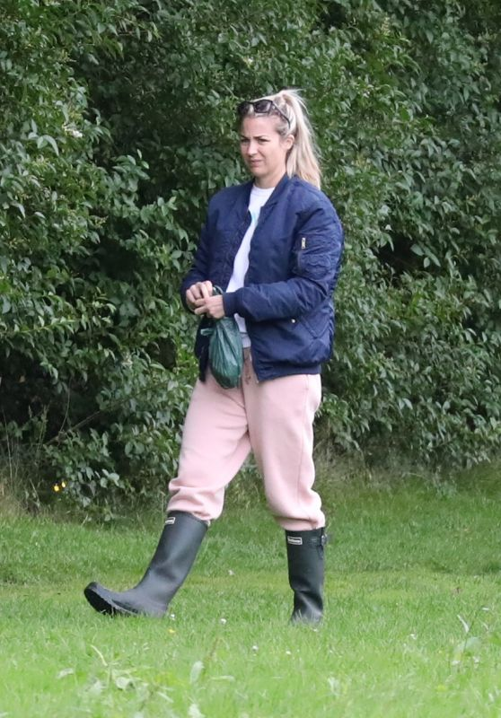 Gemma Atkinson - Out for a Morning Dog Walk in Manchester 08/03/2020