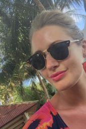 Hayley McQueen - Social Media Photos 08/31/2020