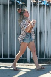 Hilary Duff in Street Outfit - Domingo