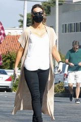 Kate Beckinsale With Boyfriend Goody Grace - Los Angeles 08/05/2020