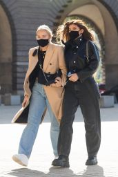 Kylie Jenner - Visiting the Louvre Museum in Paris 08/28/2020