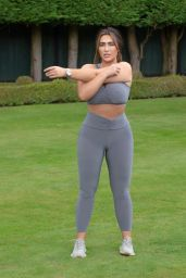 Lauren Goodger - Working Out in an Essex Local Park 08/05/2020