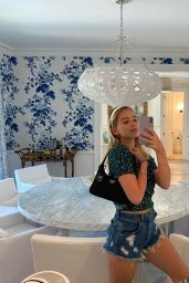 Lilia Buckingham – Social Media Photos 08/05/2020