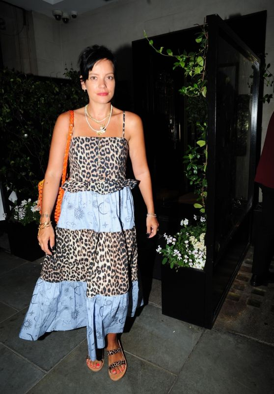 Lily Allen - Out in Mayfair 08/11/2020