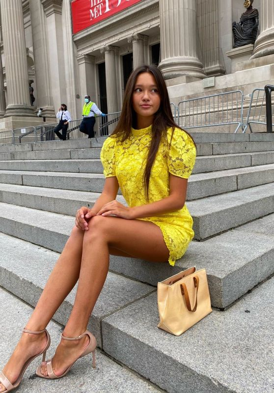 Lily Chee - Social Media Photos 08/11/2020