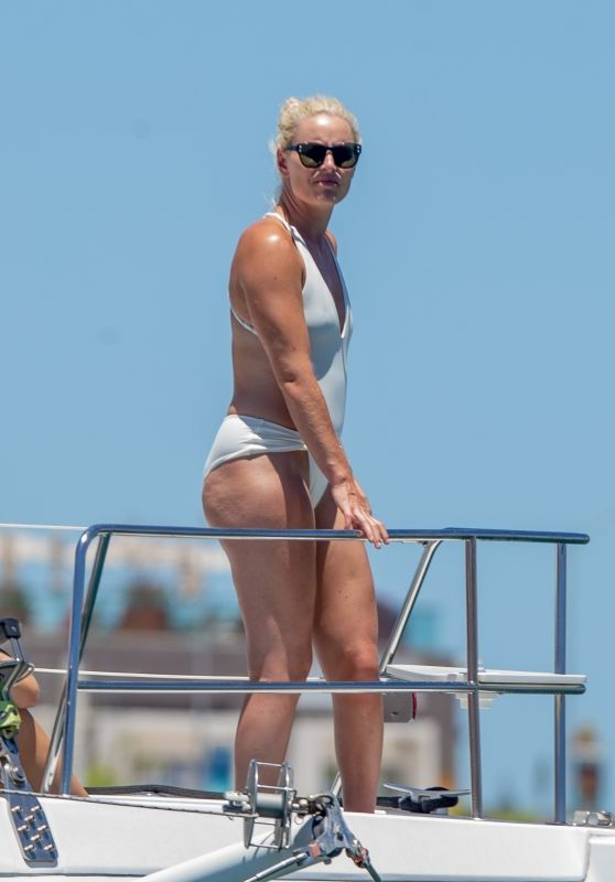 Lindsey Vonn in a Swimsuit - Cabo San Lucas 08/17/2020