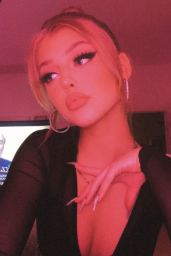 Loren Gray - Social Media Photos and Videos 08/06/2020
