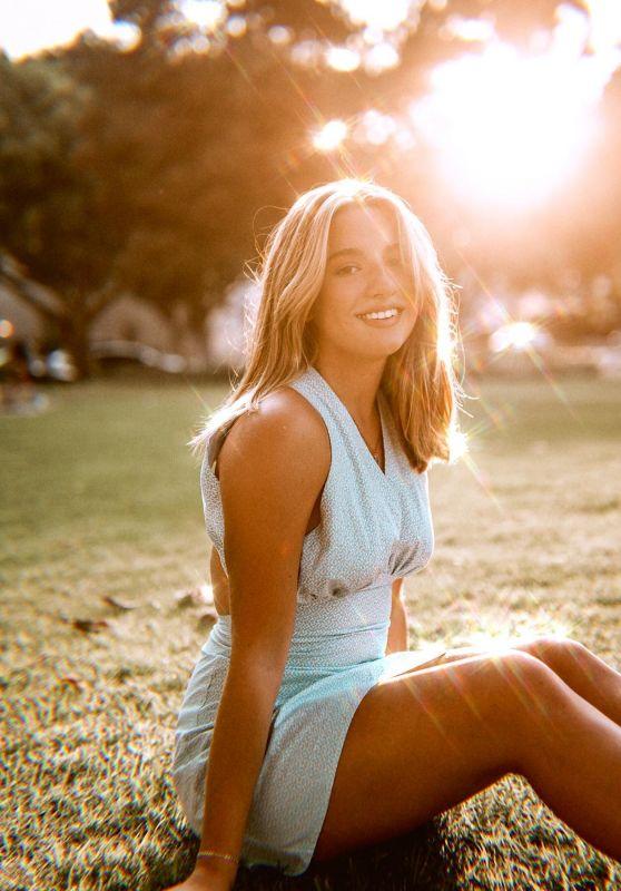 Mackenzie Ziegler - Social Media Photos 08/31/2020
