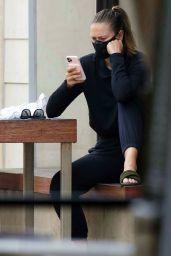 Maria Sharapova - Getting Drinks in Manhattan Beach in LA 08/04/2020