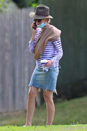 Naomi Watts - Out in The Hamptons 08/06/2020