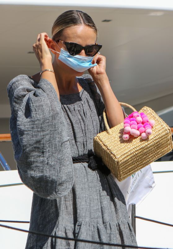 Natasha Poly in Saint-Tropez 08/08/2020