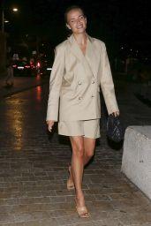 Natasha Poly Night Out Style - Saint-Tropez 08/04/220