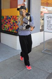 Paris Hilton - Shopping in Hollywood 08/25/2020