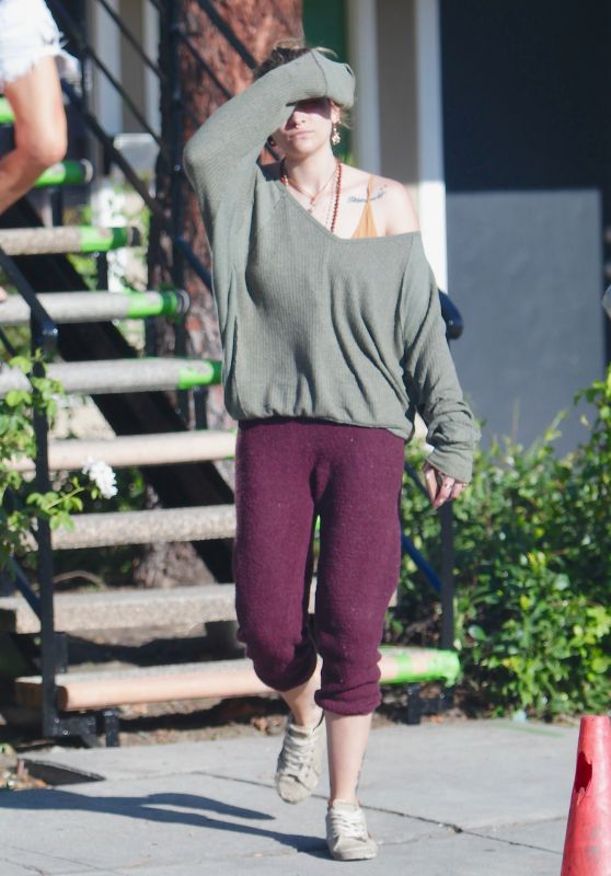 Paris Jackson - Out in Los Angeles 08/05/2020