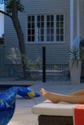 """Peyton Roi List – """"Swimming For Gold"""" (2020) Photos"""