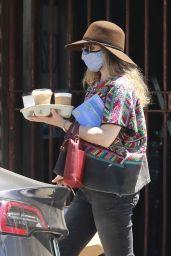 Rachel McAdams in Casual Outfit - Los Feliz 08/10/2020