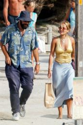 Rita Ora - Holiday in Ibiza 08/02/2020