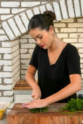 "Selena Gomez – ""Selena + Chef"" Photos 2020"